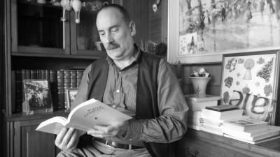 Jaume Creus, traductor de la poesia completa d'Óssip Mandelstam | Foto: Laura Basagaña.