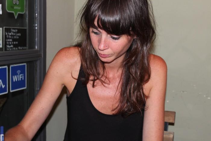 Hem conversat amb la poeta Mireia Calafell | Foto: L.B