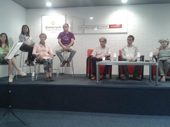 Presentació del llibre 'Vint-i-cua', a la Biblioteca de Figueres | Foto: D. R. Trillo.