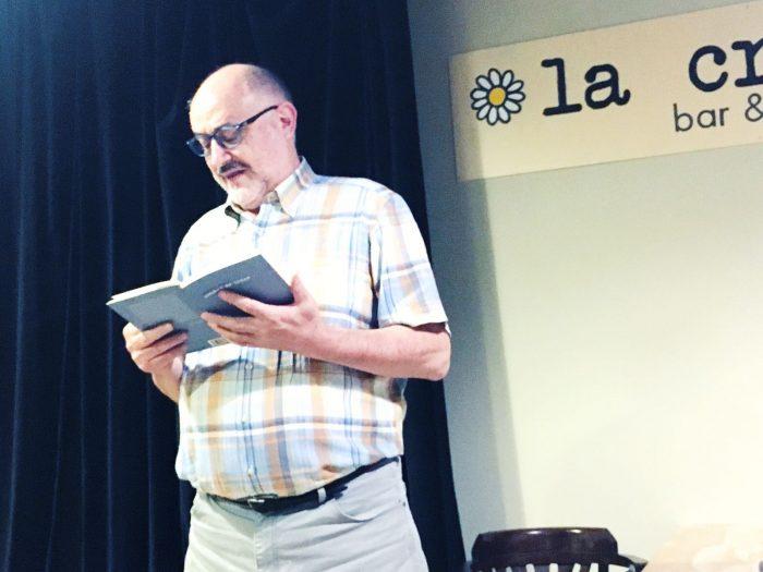 Carlos Vitale llegeix 'Unidad de lugar' | Foto: Mireia Companys.