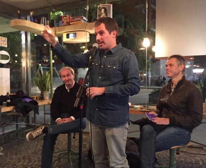 Jaume C. Pons Alorda va presentar el seu nou poemari 'Cala foc als osos' | Foto: Júlia Català.